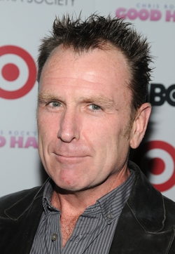 Colin Quinn Style and Fashion