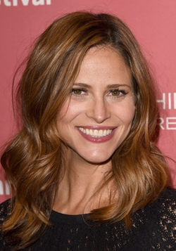 Andrea Savage Style and Fashion