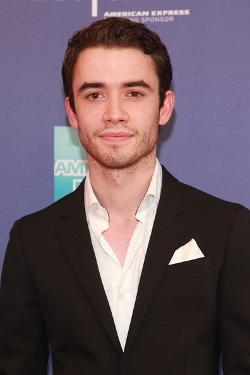 Jamie Blackley Style and Fashion