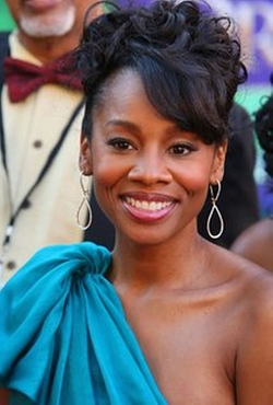Anika Noni Rose Style and Fashion