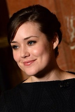 Megan Boone Style and Fashion