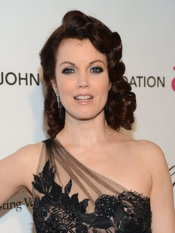 Bellamy Young Style and Fashion
