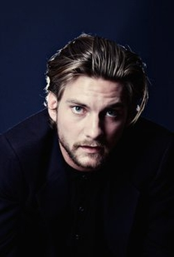 Jake Weary Style and Fashion