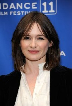 Emily Mortimer Style and Fashion