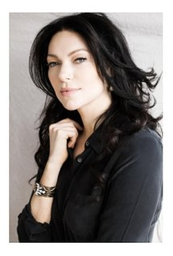 Laura Prepon Style and Fashion