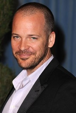 Peter Sarsgaard Style and Fashion