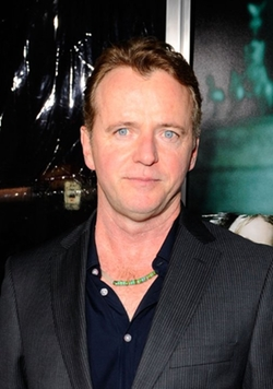 Aidan Quinn Style and Fashion