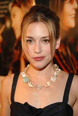 Piper Perabo Style and Fashion
