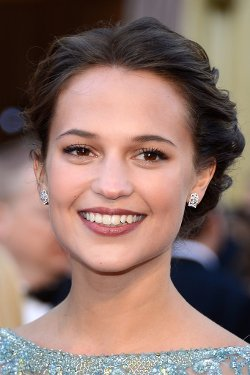 Alicia Vikander Style and Fashion