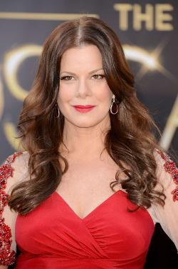 Marcia Gay Harden Style and Fashion