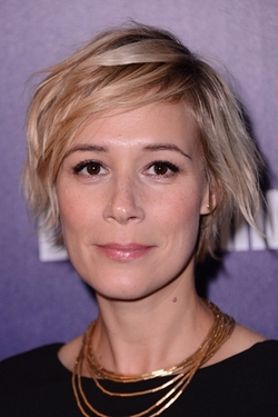 Liza Weil Style and Fashion
