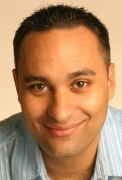Russell Peters Style and Fashion
