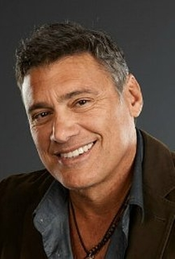 Steven Bauer Style and Fashion