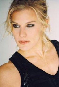 Katee Sackhoff Style and Fashion