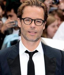Guy Pearce Style and Fashion