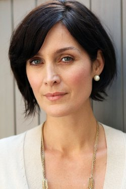 Carrie-Anne Moss Style and Fashion