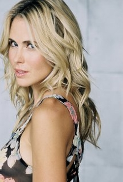 Anna Hutchison Style and Fashion