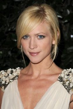 Brittany Snow Style and Fashion