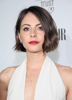 Willa Holland Style and Fashion