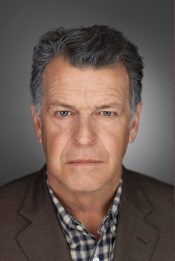 John Noble Style and Fashion