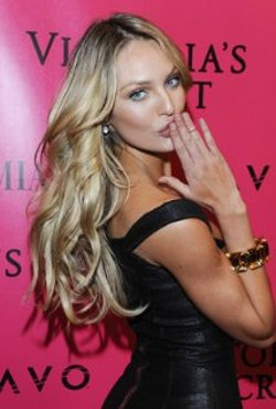 Candice Swanepoel Style and Fashion