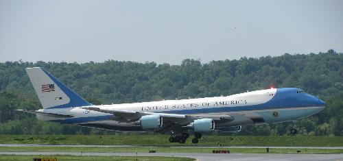 Boeing VC-25 by Air Force One in Iron Man 3