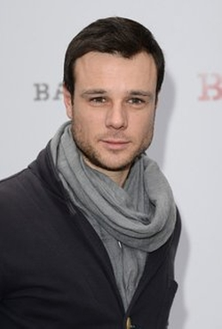 Rupert Evans Style and Fashion