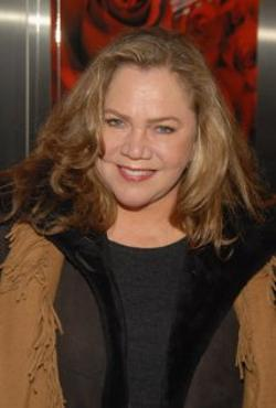 Kathleen Turner Style and Fashion