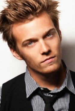 Jake Abel Style and Fashion
