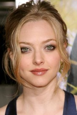 Amanda Seyfried Style and Fashion