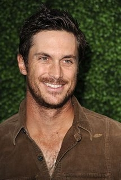 Oliver Hudson Style and Fashion
