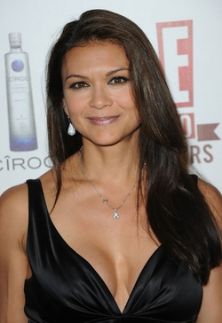 Nia Peeples Style and Fashion