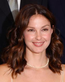 Ashley Judd Style and Fashion