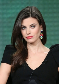 Meghan Ory Style and Fashion