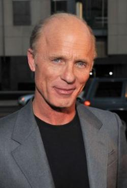 Ed Harris Style and Fashion