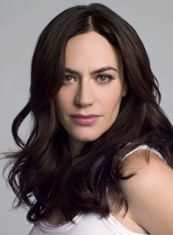 Maggie Siff Style and Fashion