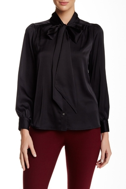 Vince Camuto  - Long Sleeve Bow Neck Blouse