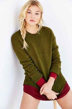Urban Outfitters - BDG Boyfriend Sweater