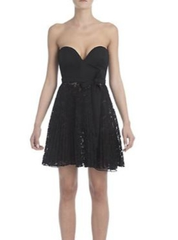 Valentino - Sweetheart Strapless Lace Dress