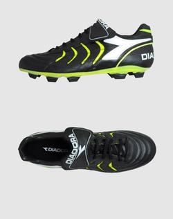 Diadora - Football Sneakers