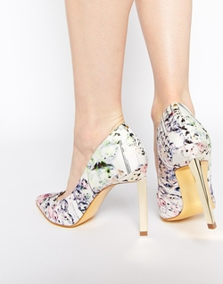 Ted Baker  - Adecyn Floral Print Pumps