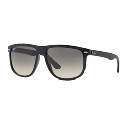 Ray-Ban - High Street Sunglasses
