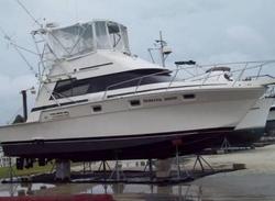Luhrs  - Twin Turbo Diesel Power Boat