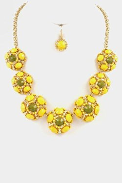 Fashion Destination - Jewelry Floral Beads Stone Statement Necklace