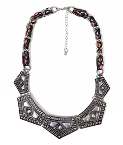 BKE  - Statement Necklace
