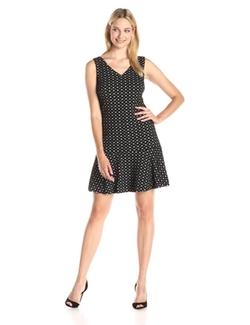 Nine West - Sleeveless V-Neck Printed Dress