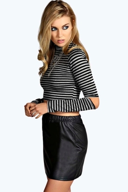 Boohoo - Cut Out Elbow Stripe Top