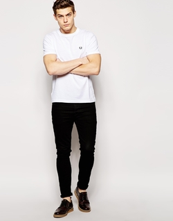 Fred Perry - T-Shirt with Crew Neck