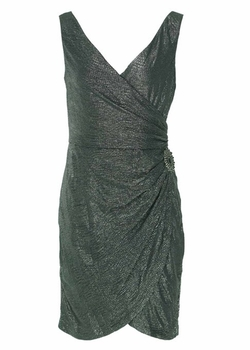 Maggy London - Petite V-Neck Dress