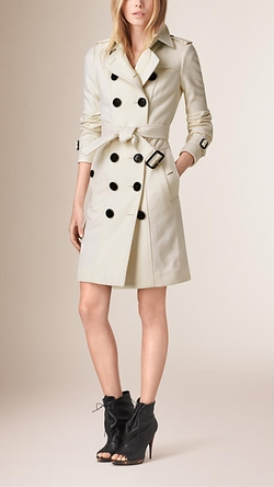 Burberry - Sandringham Fit Cashmere Trench Coat